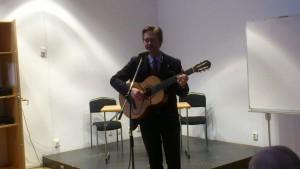 Trubaduren Bengt Jonshult sjunger och berättar om Bellmans liv och leverne